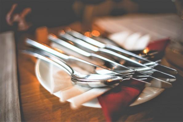 Allergie e intolleranze fuori casa: come scegliere il ristorante adatto
